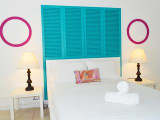 Blue Waves at Miami Beach Cottage (2) - Miami Beach vacation rentals