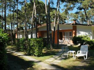 Villetta Allodola C - Lignano Pineta vacation rentals