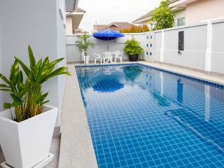 Bang Sare Siam Court 4 Bedroom pool Villa - Pattaya vacation rentals