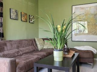 Cool Cozy Guest Apartment by Silver Lake - Los Angeles vacation rentals