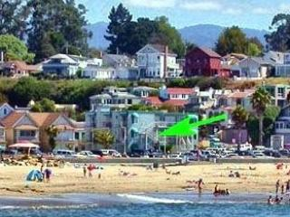 CAPITOLA OCEAN VIEW - BEACHFRONT STUDIO - Capitola vacation rentals