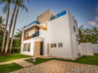 Modern Villa in Beach Community! - Iola vacation rentals