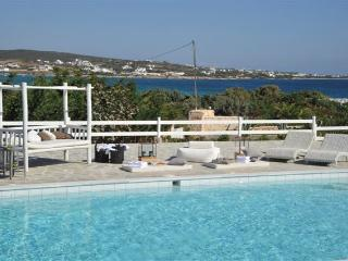 4 bedroom Villa with Internet Access in Paros - Paros vacation rentals