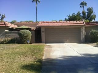 Gorgeous Remodel. Gated Complex, many amenities - Cathedral City vacation rentals