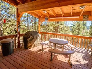 Beautiful 1 bedroom Duck Creek Village House with Porch - Duck Creek Village vacation rentals