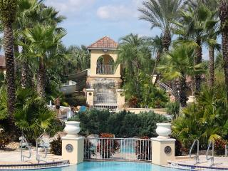 AWESOME 4 Bed/3.5 Bath House at Regal Palms Resort - Davenport vacation rentals