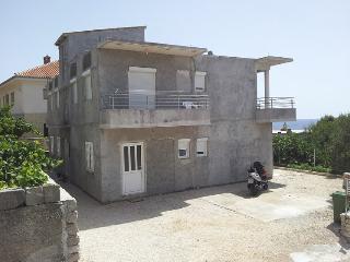 2 bedroom Apartment with Television in Primosten - Primosten vacation rentals