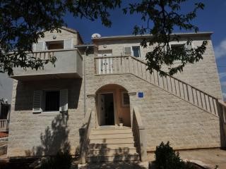 2151 A4(4+2) - Supetar - Supetar vacation rentals