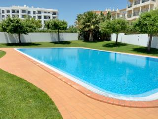 Água Brisa Apartments - EXCELLENT LOCATION - Albufeira vacation rentals