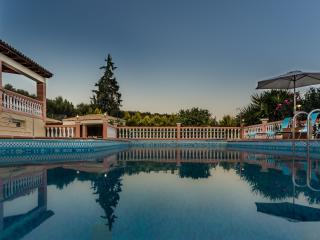 Classic Design 5 Bedroom Luxury Villa - Akrotiri vacation rentals