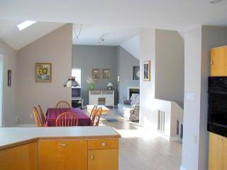 4 bedroom Chalet with Internet Access in Blue Mountains - Blue Mountains vacation rentals