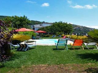 ROMEO Torca/Massa Lubrense - Sorrento area - Sant'Agata sui Due Golfi vacation rentals