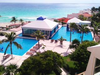 Studio On The Beach  $35 PER PERSON- WITH KITCHENN - Cancun vacation rentals