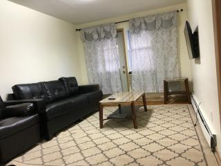 2 Bedroom in Flushing Queens NYC - Flushing vacation rentals