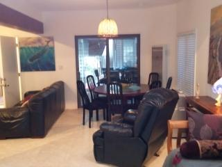 Beautiful 2 bedroom house cross street togo beach - Encinitas vacation rentals