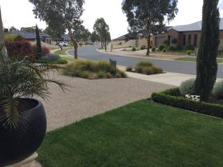 Spacious House with Internet Access and Satellite Or Cable TV - Shepparton vacation rentals