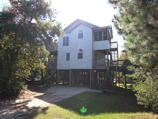 Lovely 4 bedroom House in Corolla with Internet Access - Corolla vacation rentals