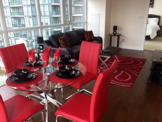 Two Bedroom unit @square1 by Premium Suites Canada - Mississauga vacation rentals