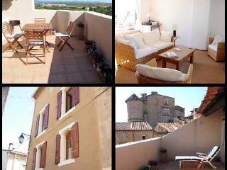 La Grappe - A Great Location Near Pezenas - Puissalicon vacation rentals