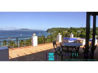 4 bedroom villa in Puerto Galera PGL0005 - Puerto Galera vacation rentals