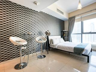 Exclusive Dubai Marina Apt. w/ sea & marina views - Dubai vacation rentals