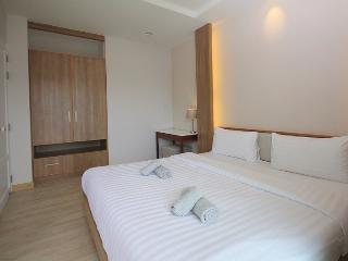Beautiful modern condo by the sea - Pran Buri vacation rentals