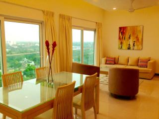 Stylish new apartment, great views, luxury complex - Sri Jayawardenepura vacation rentals