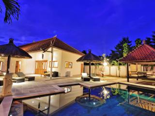 Villa Udara - beautiful villa with private pool - Lovina vacation rentals