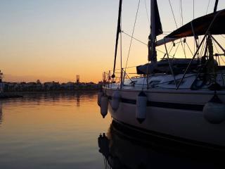 Bright 4 bedroom Heraklion Houseboat with Television - Heraklion vacation rentals