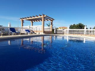Beautiful Country Villa. Private Swimming Pool. Spectacular Views! Wifi. Aircon - Alhaurin de la Torre vacation rentals