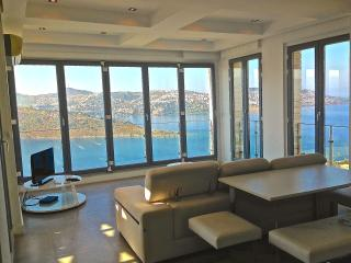 Luxury Residence with panoramic sea view - Gundogan vacation rentals