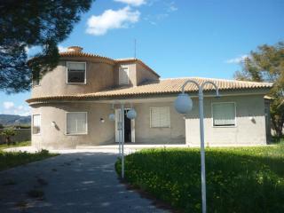 Villa Favorita in pieno relax al mare - Fontane Bianche vacation rentals