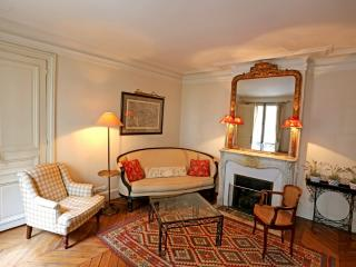 Apartment Cherche-Midi Paris apartment rental, self catered apartment Paris, three bedroom apartment Paris - 7th Arrondissement Palais-Bourbon vacation rentals