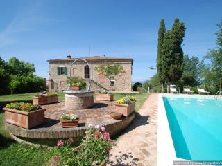Villa Panorama Tuscan house rental in Asciano near Siena - Holiday villa Asciano - Siena vacation rentals