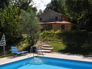 Heartsease Holiday Villa, Colmurano in Le Marche - Colmurano vacation rentals