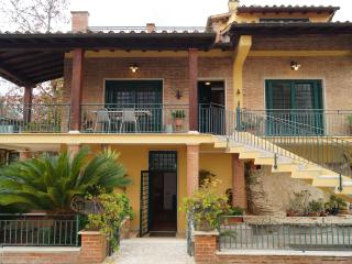 Vacanze Castelli Romani - Velletri vacation rentals