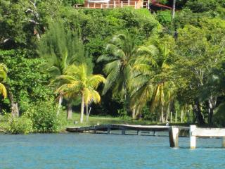 The best kept secret in the Caribbean !!! - Guanaja vacation rentals