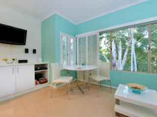 Nice Condo with Internet Access and A/C - Port Douglas vacation rentals