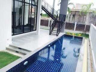 Pool villas for rent daily - Hua Hin vacation rentals