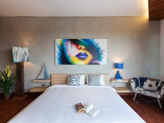ART VILLA Cliffside + 10 mins from beach - Ungasan vacation rentals