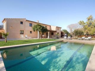 Nice Condo with Internet Access and A/C - Pollenca vacation rentals