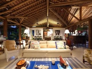 Beautiful 5 Bedroom Home in Trancoso - Trancoso vacation rentals