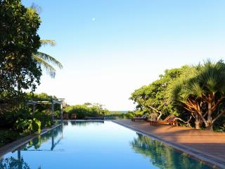 Stunning 10 Bedroom Beachside Home in Trancoso - Trancoso vacation rentals