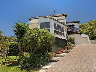 10 Barra Crescent, Coolum Beach, $500 BOND - Coolum Beach vacation rentals