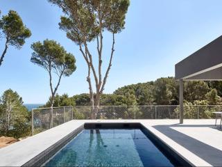 Nice 5 bedroom Begur Villa with Internet Access - Begur vacation rentals