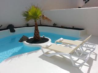 Stunning luxury Villa perfect for a family holiday - Corralejo vacation rentals