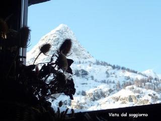 Courmayeur, grande mansarda con vista panoramica - Courmayeur vacation rentals