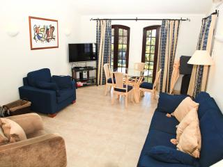 2 Bedroom apartment close to the Marina, Vilamoura - Vilamoura vacation rentals