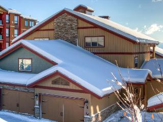 Spyglass 6E, top floor lofted vacation home in Big White Ski Resort - Big White vacation rentals