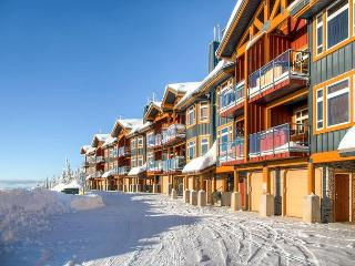 Timber Ridge 10 Monashee Heights Location Sleeps 8 - Big White vacation rentals